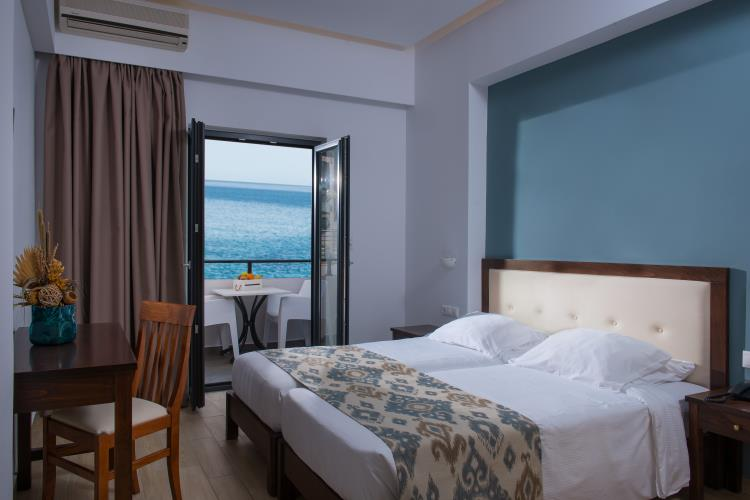 https://goldenbay.gr/wp-content/uploads/2013/10/Golden-Bay-Hotel-Heraklion-Crete-DSC_9261.jpg
